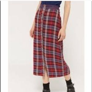 URBAN OUTFITTERS MIDI SKIRT SIZE M.